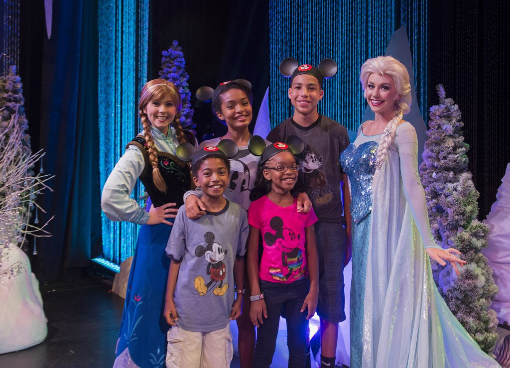 Actors from the Cast of Òblack-ishÓ Kick Off Their Summer Break at Walt Disney World Resort