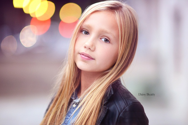 child model headshot in NYC by Daisy Beatty Photography